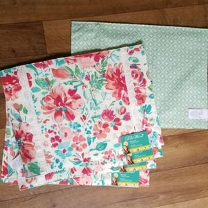 Pioneer Woman Gorgeous Garden Placemats Set of 5